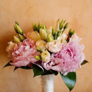 Ramos de flores frescas para novia