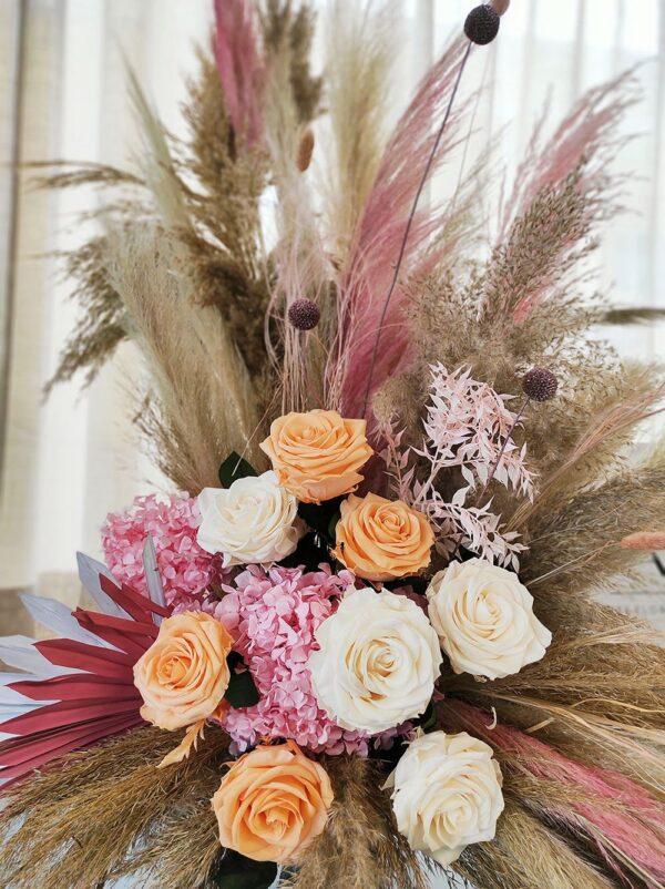 jarron de flores preservadas